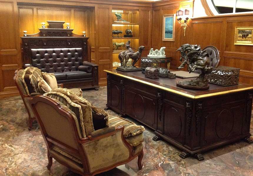 Эксклюзивная мебель и предметы интерьеров для кабинета